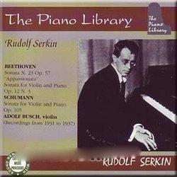 Plays Beethoven & Schumann
