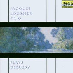 Plays Debussy