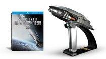 Star Trek Into Darkness Starfleet Phaser Limited Edition Gift Set [Blu-ray]