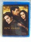 Twilight Saga: New Moon Blu-ray (2 Disc)