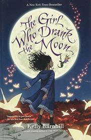 The Girl Who Drank the Moon (Thorndike Press Large Print Literacy Bridge Series)