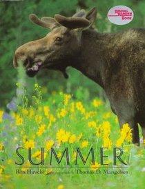 Summer (Wildlife Seasons Book)