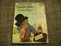 Paddington at the Station (Collins Colour Cubs)