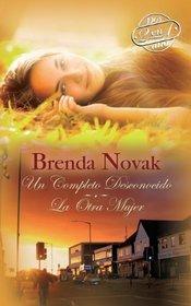 Un Completo Desconocido / La Otra Mujer (Stranger in Town / The Other Woman) (Spanish Edition)