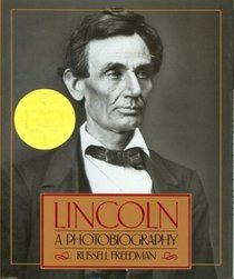 Lincoln : A Photobiography (Houghton Mifflin social studies)