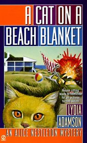 A Cat on a Beach Blanket (Alice Nestleton, Bk 14)