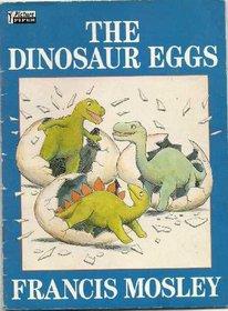 DINOSAUR EGGS (PIPER PICTURE BOOKS)