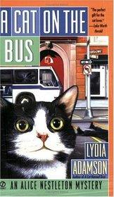 A Cat on the Bus (Alice Nestleton, Bk 21)