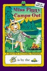 Miss Piggy Camps Out (All Aboard Reading)