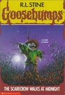 The Scarecrow Walks at Midnight (Goosebumps, No 20)
