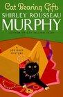 Cat Bearing Gifts (Joe Grey, Bk 18)