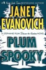 Plum Spooky (Stephanie Plum Between-the-Numbers) (Large Print)